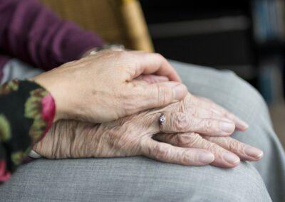 Helferinnen und Helfer bei Heimgottesdiensten